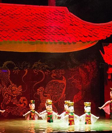 Le spectacle Les Marionnettes sur l'eau était le point d'orgue du Forum francophone du Pacifique, organisé par le Creipac sous l'égide du gouvernement de la Nouvelle-Calédonie,du 3 au 5 novembre (photos © Florent Husson)