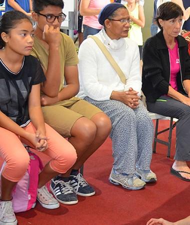 La première journée « Initiez-vous aux gestes qui sauvent » a accueilli un public varié et très attentif.