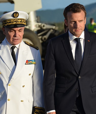 En provenance d'Australie, le président de la République est arrivé le 3 mai, peu après 16 h 30, en Nouvelle-Calédonie.