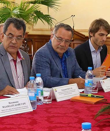 Les représentants de Wallis-et-Futuna, de la Polynésie française et de la Nouvelle-Calédonie au comité directeur du Fonds Pacifique (© Présidence de la Polynésie française).