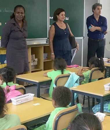 Lors de la rentrée, Hélène Iékawé, membre du gouvernement en charge de l'enseignement, a effectué une tournée dans les trois provinces.