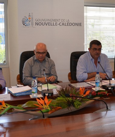 La signature a réuni les représentants de l'Etat, du gouvernement, de la province Sud, de l'Adraf et des banques.