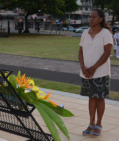Hélène Iékawé, membre du gouvernement en charge de l'enseignement, a participé à la cérémonie.