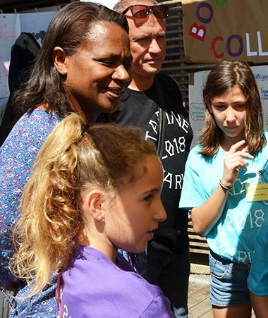 Mise en valeur des projets, partage, échanges : la première fête de l'École a tenu ses promesses.