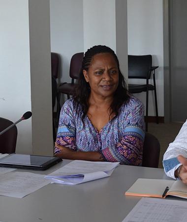 Hélène Iékawé, membre du gouvernement chargée de l'enseignement, Jean-Luc Bernard-Colombat et Magali Vuillod de la DAFE ont commenté les résultats des examens agricoles le 17 décembre.
