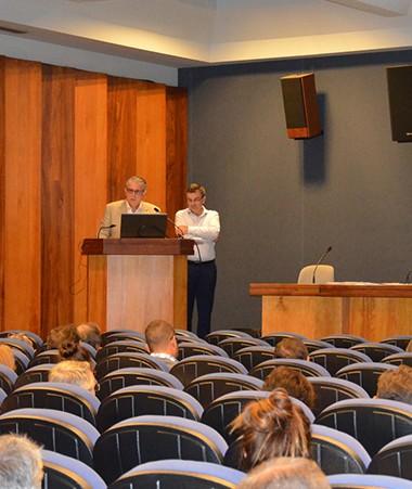Les inspecteurs de l'IGAS, Philippe Calmette et Jean-Louis Rey, ont présenté leur rapport de recommandations aux professionnels de santé, acteurs de la protection sociale, élus…