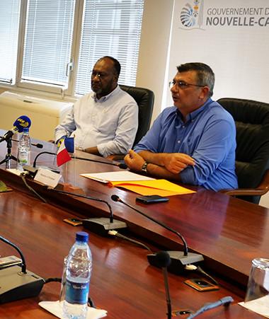 Charlot Salwai et Philippe Germain ont présenté à la presse la teneur du Sommet économique Nouvelle-Calédonie-Vanuatu qu'ils coprésideront.