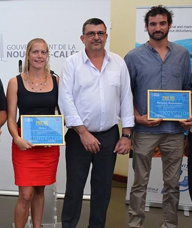 De gauche à droite, les lauréats de Pacific Game Lab, Agrilogic Systèmes, Alternative Constructions et Visioon, autour de Philippe Germain et Efstratios Pegidis.