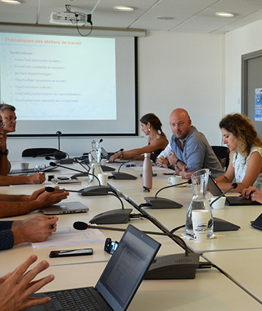 Christopher Gygès a ouvert le quatrième atelier dédié à la « Green Tech » le 20 octobre au gouvernement.