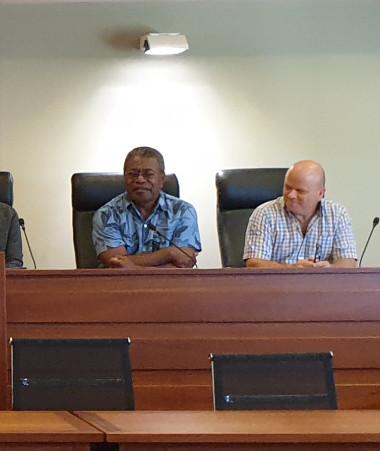 Les partenaires institutionnels du CISPD de La Foa, Sarraméa, Farino et Moindou, parmi lesquels le gouvernement représenté par Jean-Pierre Djaïwé ( 2e à d.), se sont réunis le 17 juin.