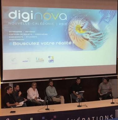 La cellule EcoNum et l'équipe projet Do Kamo ont participé à deux tables-rondes organisées dans le cadre de Diginova. Ici, celle sur la technologie au service de la santé (©Diginova).
