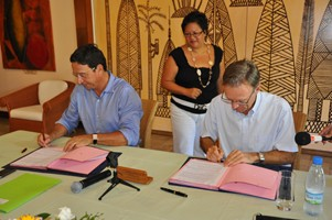 Signature de la convention-cadre pour les transferts de compétences