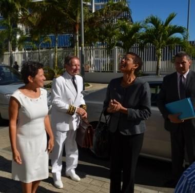 La ministre des Outre-mer devant le gouvernement collégial