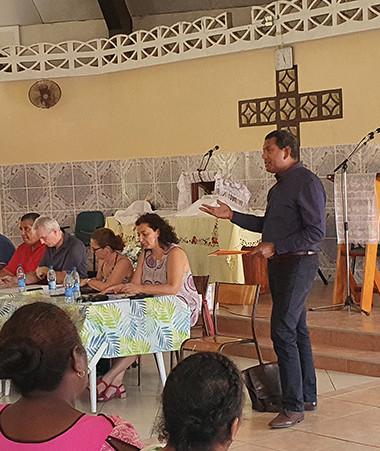Une rencontre a été organisée à la paroisse de Montravel en présence des partenaires publics et privés afin d'aborder les sujets de la formation et de l'emploi des jeunes expulsés de la tribu de Roh.