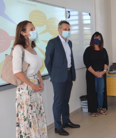 Isabelle Champmoreau et Érick Roser ont échangé avec des élèves sur la reprise.