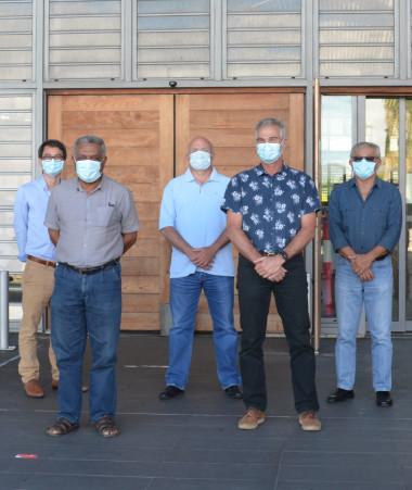 Les membres du 17e gouvernement, son président et le haut-commissaire de la République sont allés à la rencontre des personnels du Médipôle dimanche 19 septembre.