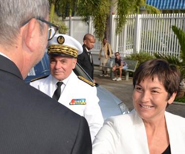 La ministre a débuté son séjour marathon en Nouvelle-Calédonie par une rencontre avec le président et les membres du gouvernement.