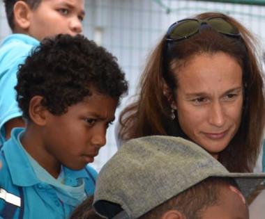 Isabelle Champmoreau a découvert les travaux des élèves. Ici, des clips vidéo sur les dangers des addictions réalisés par les CM2 de l'école Maurice-Fonrobert.