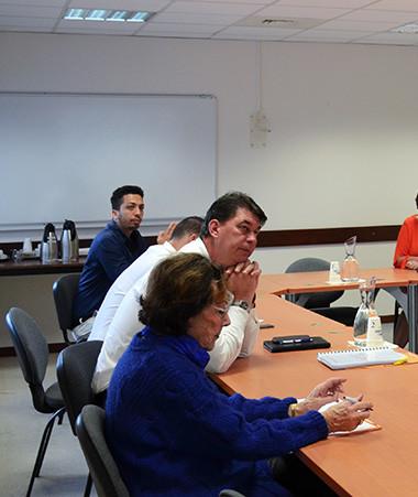 Thierry Santa et les membres du groupe projet chargé du bien vieillir se sont retrouvés afin d'établir un bilan des études menées