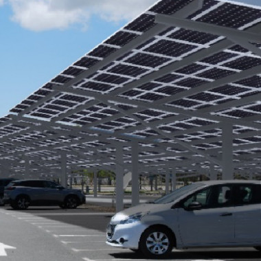 L'ombrière de panneaux photovoltaïques installée à l'aéroport international de La Tontouta couvrira 517 places de stationnement, soit 91 % de la capacité du parking.
