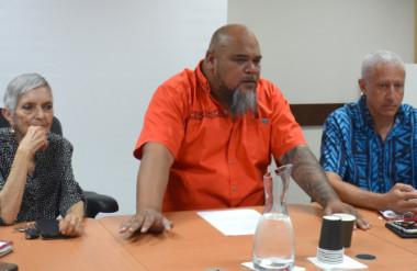 Vaimu'a Muliava a présenté un point d'étape de la réforme de la construction le 23 janvier au gouvernement, entouré de nombreux professionnels du secteur.