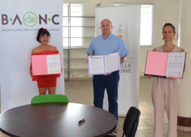 L'engagement de l'OPT-NC, du gouvernement et de la province Sud pour la plateforme logistique de la Banque alimentaire de Nouvelle-Calédonie a donné lieu à la signature de deux partenariats.