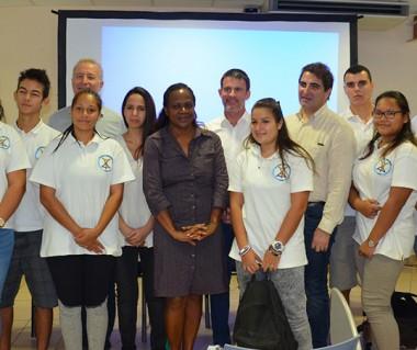 Hélène Iékawé, membre du gouvernement en charge de l'enseignement, a assisté à la rencontre entre les représentants de la mission parlementaire et les lycéens du Grand Nouméa, ici la classe défense 2017.
