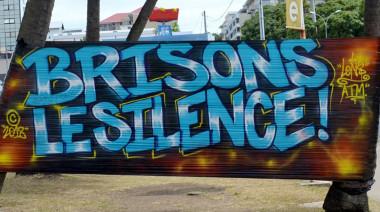 De jeunes graffeurs ont participé à la Journée pour l'élimination des violences à l'égard des femmes au Musée de Nouvelle-Calédonie.