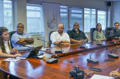 « Cesam.nc est un service public orienté client et résultat qui va valoriser l'action de l'administration », ont souligné Christopher Gygès et Vaimu'a Muliava.