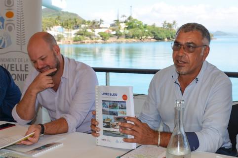 Philippe Darrason présente l'état de référence 2020 de la mer en Nouvelle-Calédonie, une somme de travail.