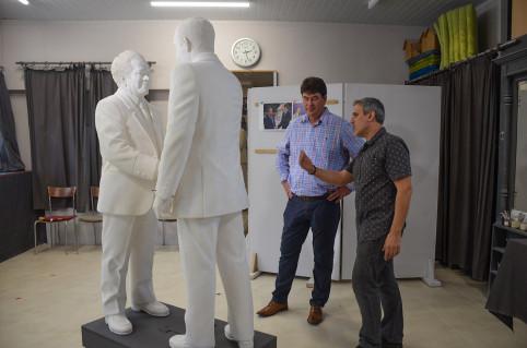 Thierry Santa a échangé avec le sculpteur sur ses méthodes de travail.