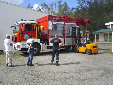 Arrivée à Canala d'un camion logistique de la DSCGR.