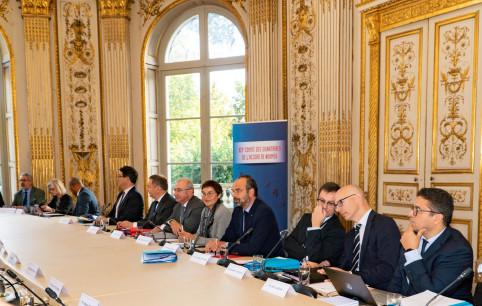 La première partie du Comité des signataires a été consacrée au développement économique et social.