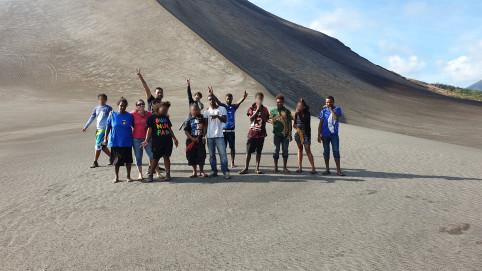 L'incontournable volcan du Yasur a fortement impressionné les mineurs du foyer de Nouville.