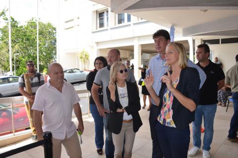 Le président du gouvernement et madame le maire de Nouméa sont venus constater le bon fonctionnement du centre.