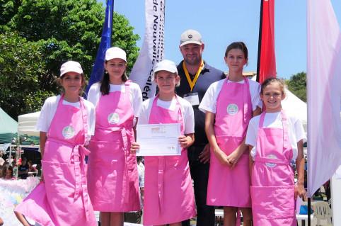 Christopher Gygès a récompensé les lauréates du prix de l'innovation 6-11 ans
