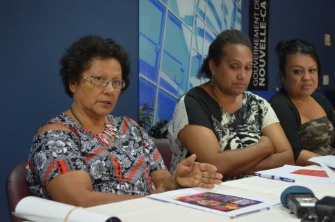 Rolande Trolue et Astrid Gopoéa du secteur de la condition féminine du gouvernement.