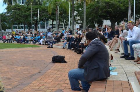 Le public a patienté en compagnie de la mascotte du WMP, Wolbi.