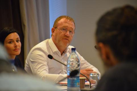 Le directeur général de Newrest, Bruno Hériché, a évoqué 300 millions de travaux de rénovation.