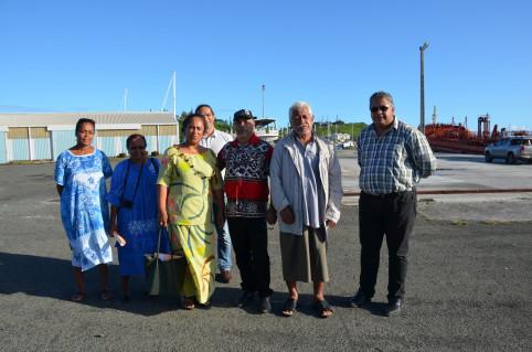 Gilbert Tyuiénon, aux côtés notamment de la délégation de Wallis-et-Futuna.