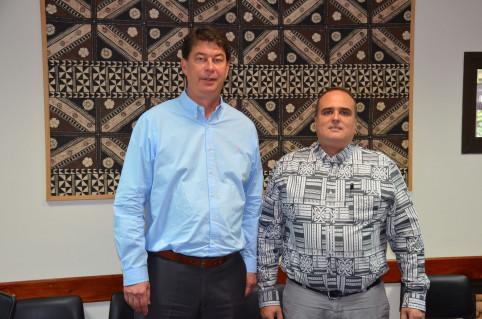 À l'issue du lancement du comité de pilotage, Thierry Santa s'est entretenu avec David Vergé qui préside l'assemblée territoriale de Wallis-et-Futuna.