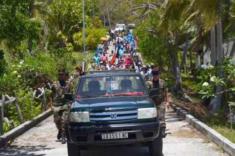 Grâce au soutien du gouvernement, l'accueil coutumier et l'inhumation de Kalepo Wabete à Tiga se sont déroulés en présence de nombreux invités.
