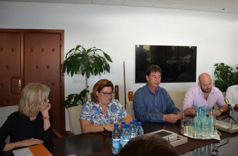 Sonia Lagarde, Sonia Backès, Thierry Santa et Christopher Gygès ont présenté à la presse le 18 juillet le projet de comité de coordination de sauvetage de la SLN.