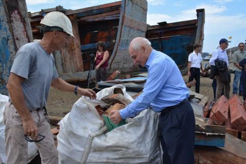 Le haut-commissaire Thierry Lataste a organisé la visite du chantier.