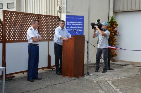Philippe Germain aux côtés du colonel Miglierina qui commande la gendarmerie en Nouvelle-Calédonie et à Wallis-et-Futuna.