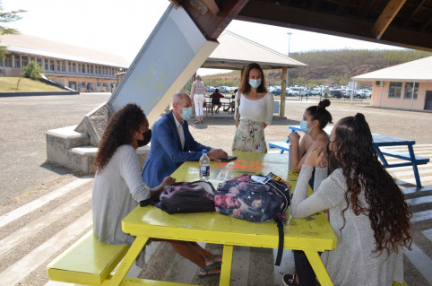 Sarah, Tyfène et Axelle ont donné leurs impressions à Isabelle Champmoreau et Érick Roser.