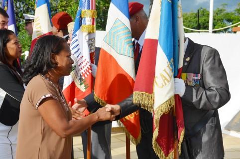 Les anciens combattants ont été salués par Hélène Iékawé, représentant le gouvernement.