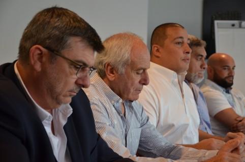 Conférence de presse, au cours de laquelle Hervé Mazzocco (au centre) a annoncé la création de l'épreuve.