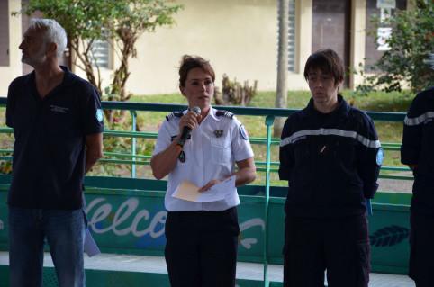« J'ai démarré il y a vingt ans comme sapeur-pompier volontaire, avec l'envie de servir mon prochain. Je ne peux donc que vous encourager dans votre démarche ! », a déclaré le commandant Cécile Macarez qui représentait l'État à la cérémonie.