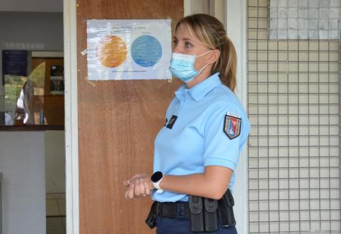 Le Panneau Accueil-Confidentialité est affiché à l'accueil de chaque gendarmerie.